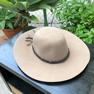 Brixton felt hat in beige